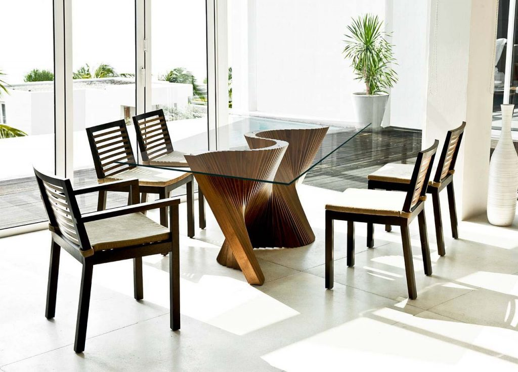 Wave Dining Table at Idus