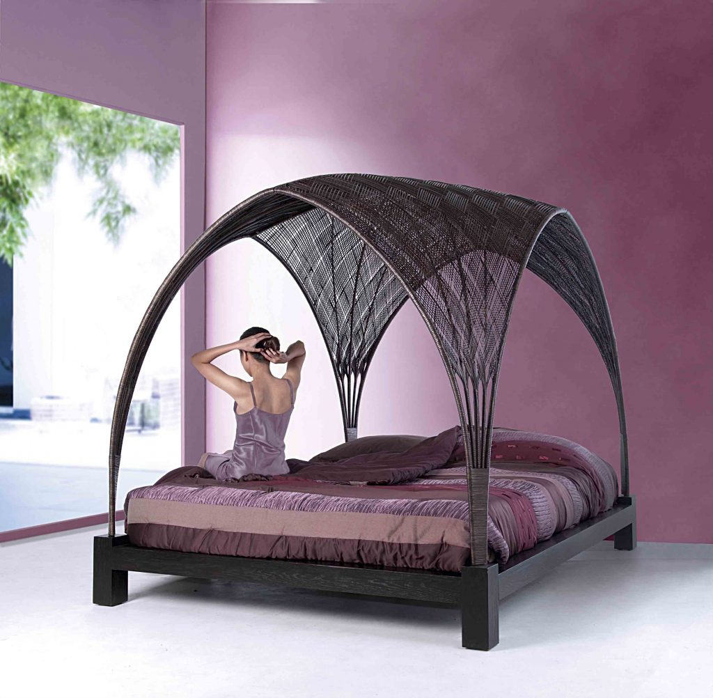 Hagia luxury Bed for Outdoor by IDUS