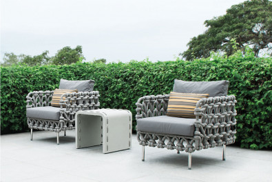 Cabaret Luxury Patio Sofa