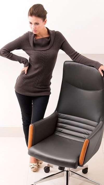Luxury Office Chairs By IDUS